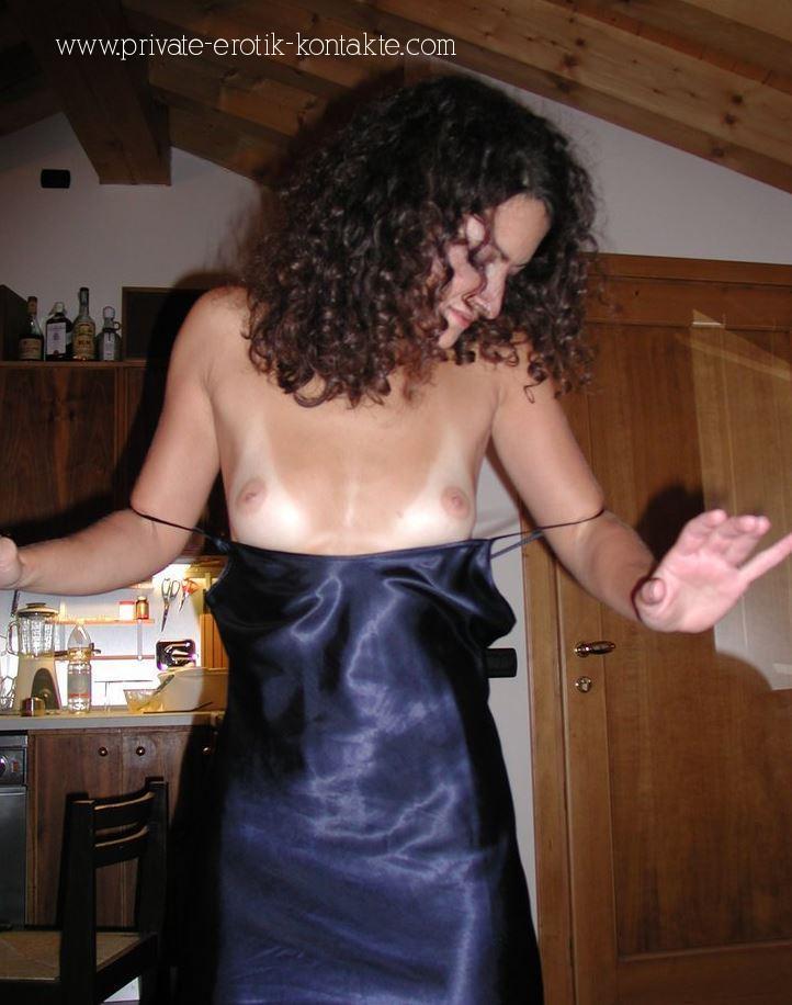 Reife Frau mit kleinen Titten aus Worms